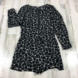 LOFT black and white long sleeve romper 2 petite